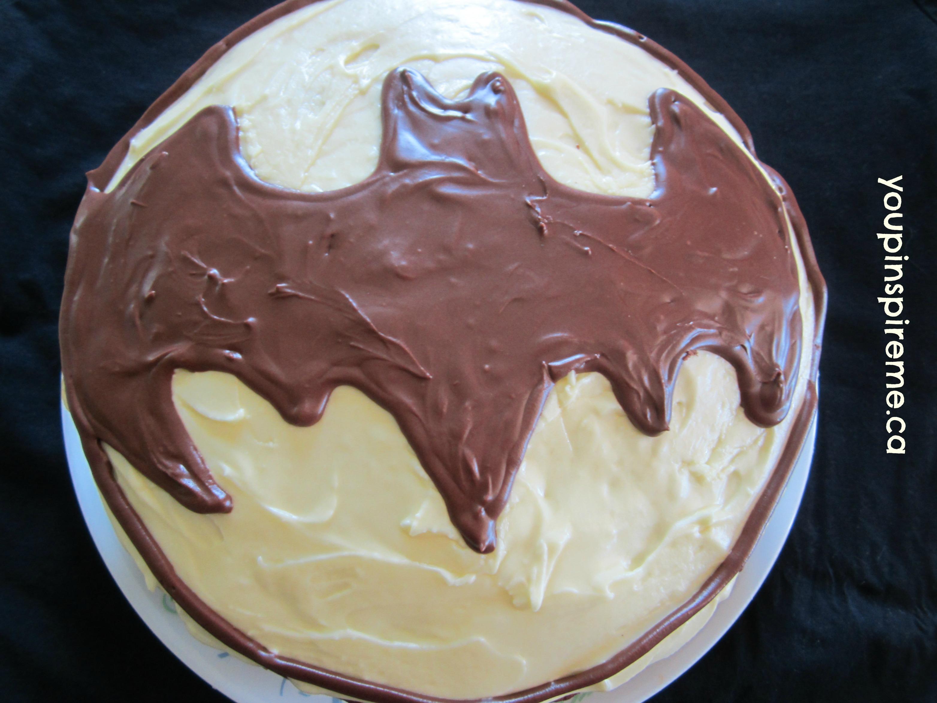Easy Batman Cake