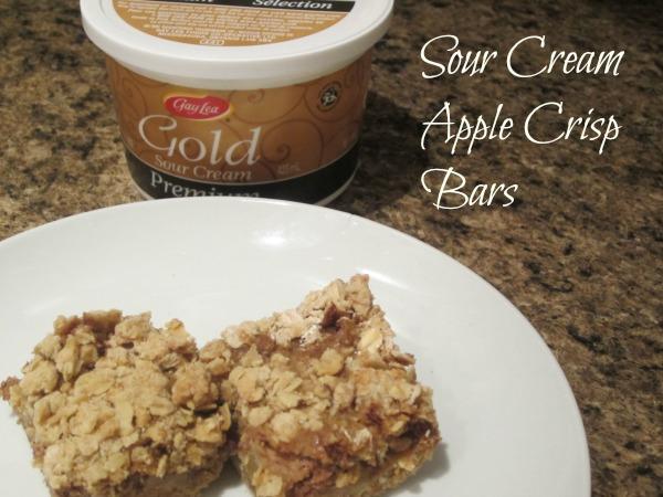 Sour Cream Apple Crisp Bars 1