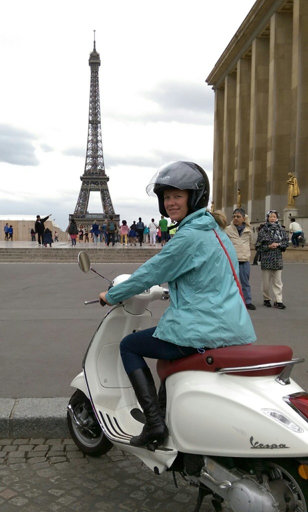 Rent a Vespa in Paris