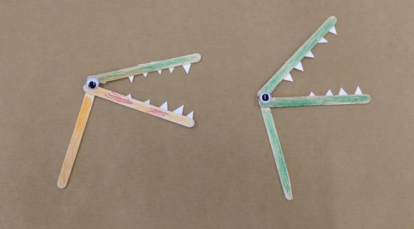 Popsicle Stick Alligator Puppets